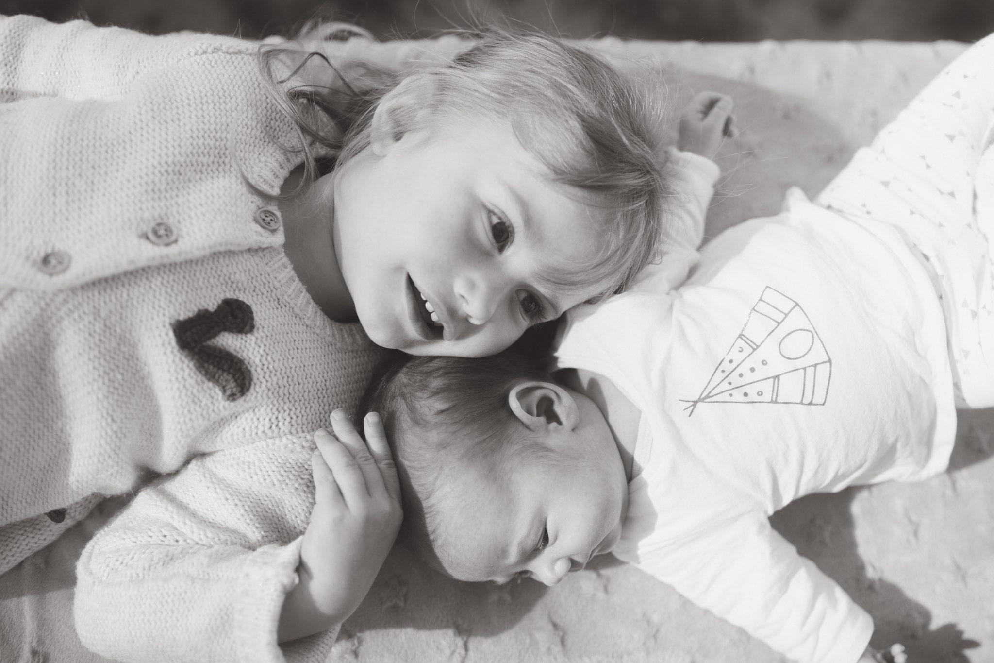 Photographie famille enfants portrait mère filles Marine Gomez Photographie